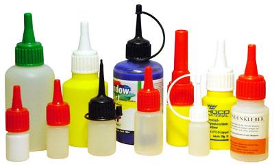 Flaschen mit Klebstoff